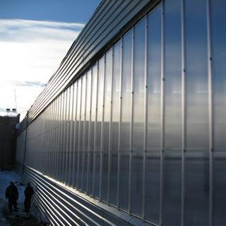 Остекление фасада поликарбонатом